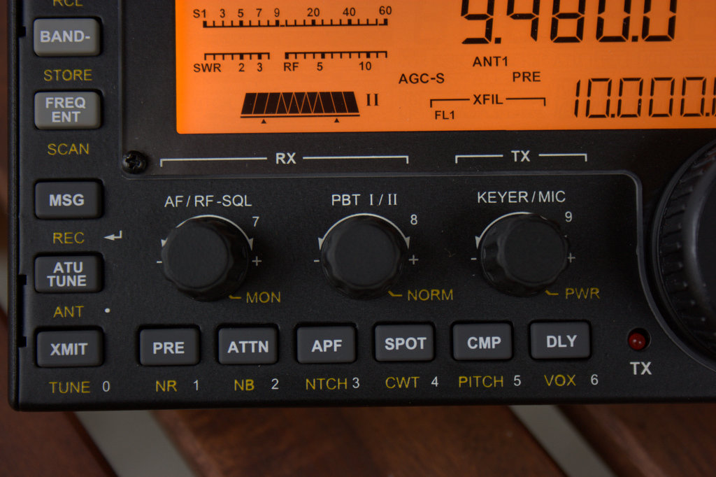 Review of the Elecraft KX3: world-class transceiver, superb