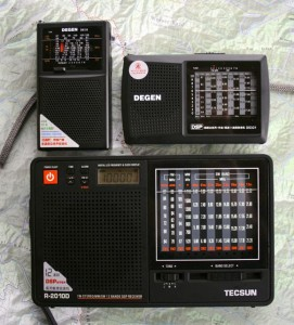 Three of the five contenders: The Degen DE32, Degen DE321 and Tecsun R-2010D (Click to enlarge)