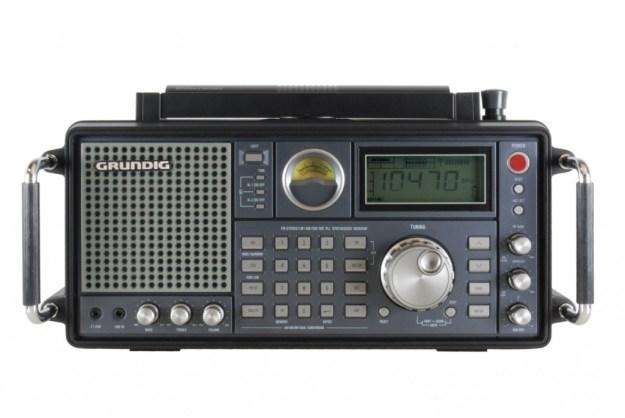 Grundig-Satellite-750