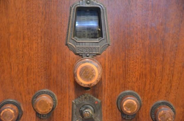 Scott-Console-Radio-Dial