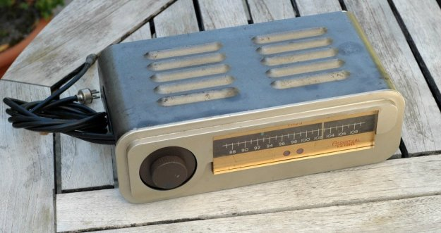 Acoustical Mfg England FM Tuner