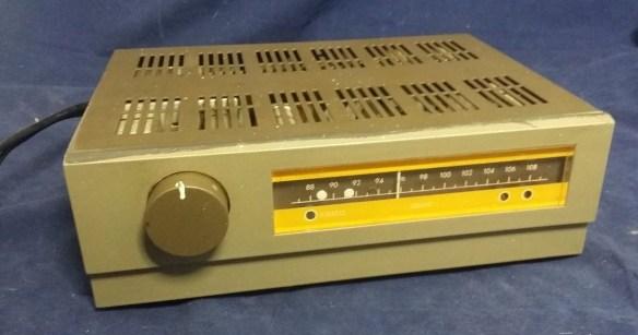 Acoustical Mfg England FM TunerII