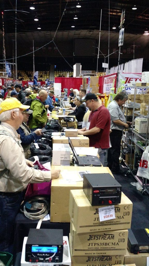 Hamvention-Inside-Exhibits - 53