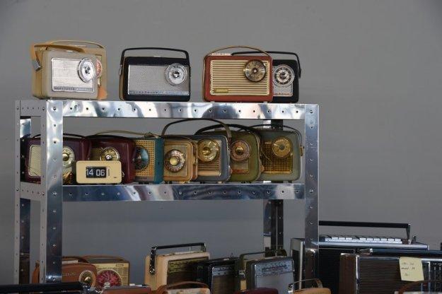 A3: Alte Radiogeräte