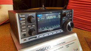 The new Icom IC-8600 at the 2017 Hamvention