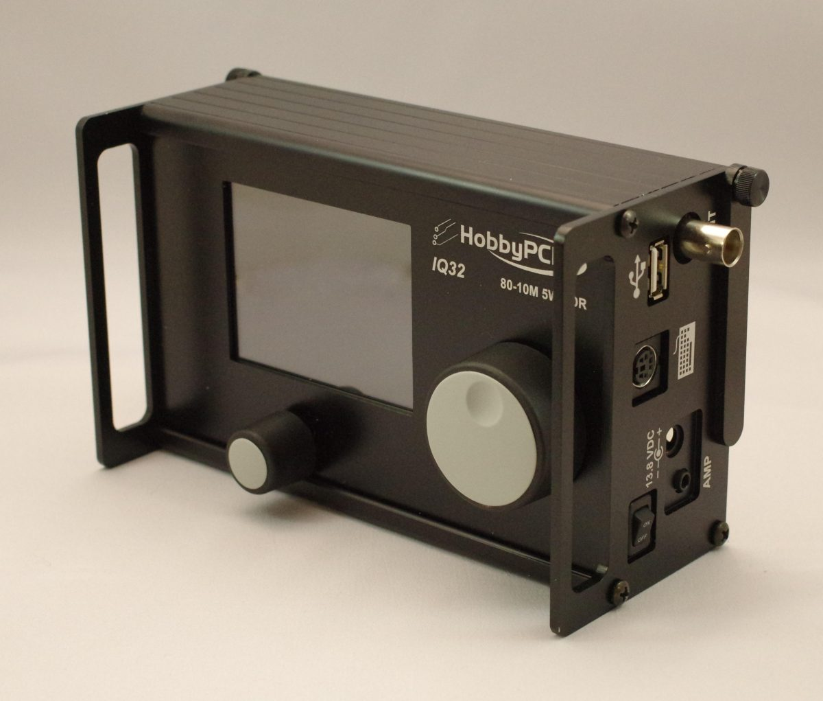 The HobbyPCB IQ-32: A general coverage portable QRP