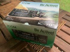 Icom IC-705 Transceiver Unboxing - 2