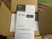 Icom IC-705 Transceiver Unboxing - 6