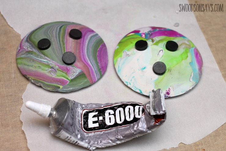 how-to-glue-magnets-to-clay