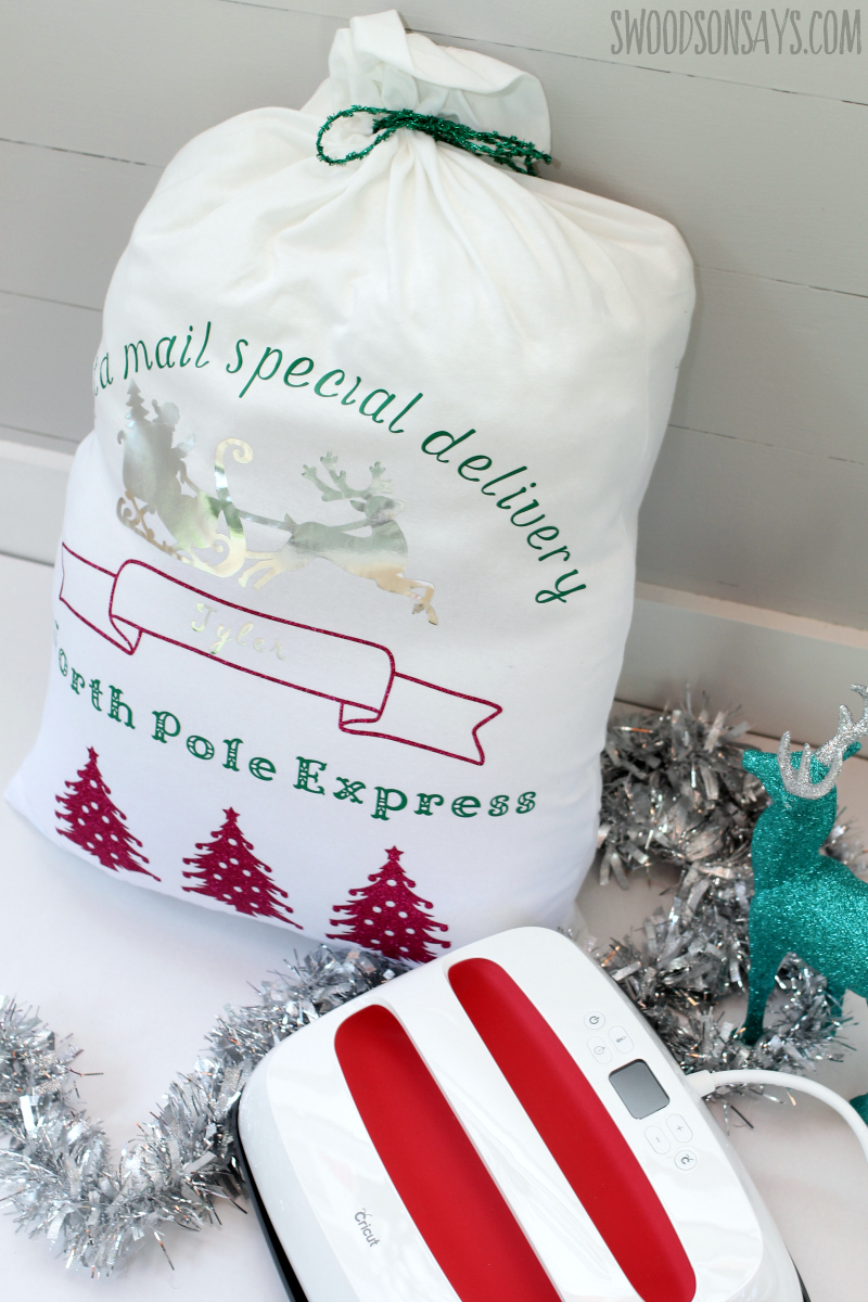 No sew DIY santa sack with the Cricut EasyPress 2 - Swoodson Says