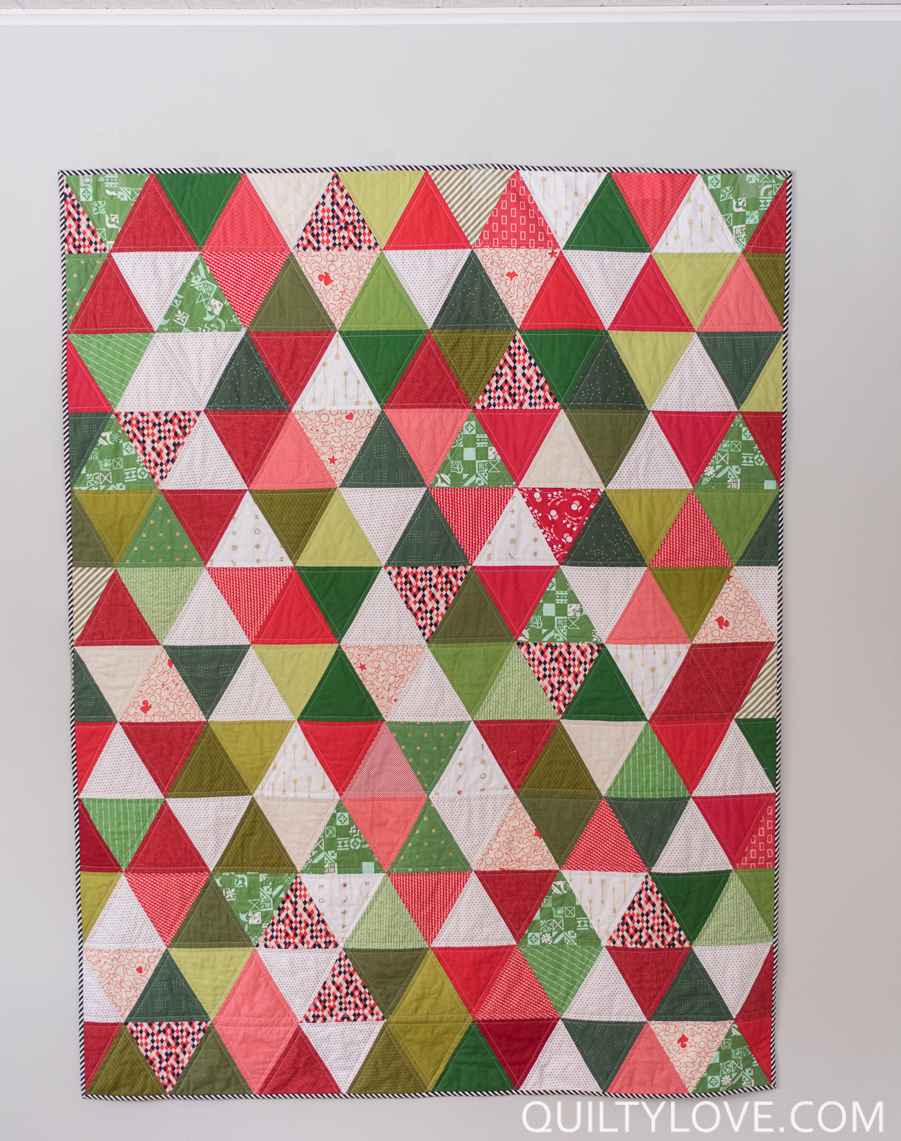 Free Christmas Quilt Block Patterns.30 Modern Christmas Quilt Patterns Swoodson Says