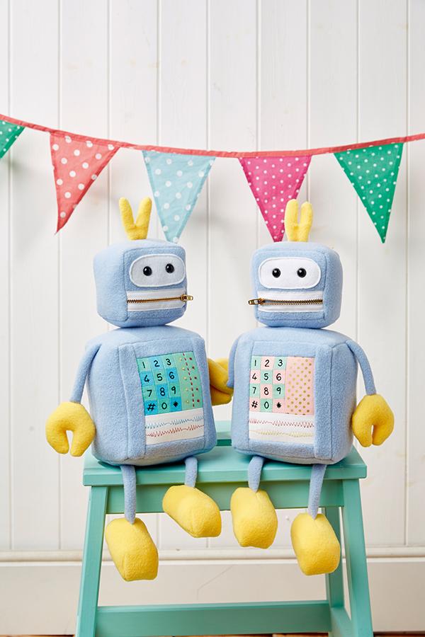 free robot stuffe danimal pattern