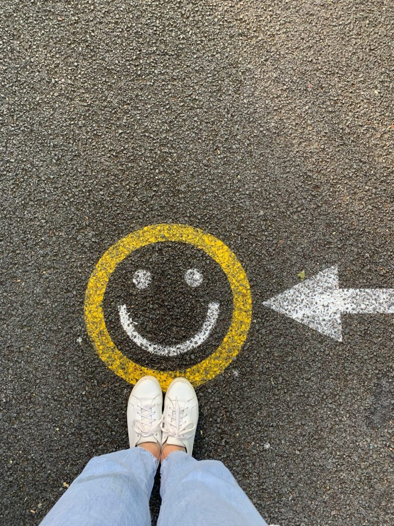 Happy here and now - happy face and feet