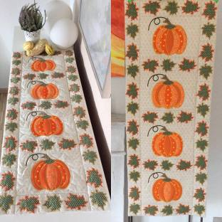 pumpkin table runner friederike