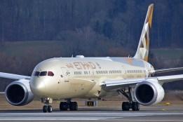 Boeing 787-9 Dreamliner - A6-BLA - Zurich ZRH/LSZH 07.03.2015 - Photo: Remo Garone