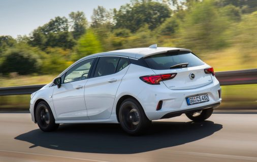 2016-opel-astra-opc-line-sport-pack-5