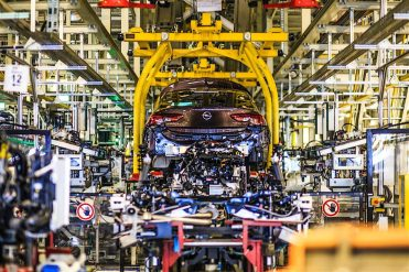 production-start-for-opel-flagship-the-new-insignia_13