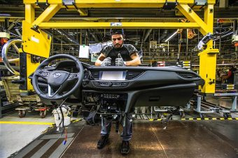 production-start-for-opel-flagship-the-new-insignia_15