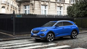 opel-omega-x-imagined-as-automakers-upcoming-flagship-suv_2