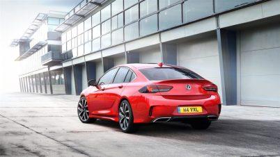 Vauxhall-Insignia-GSi-307657 (Large)