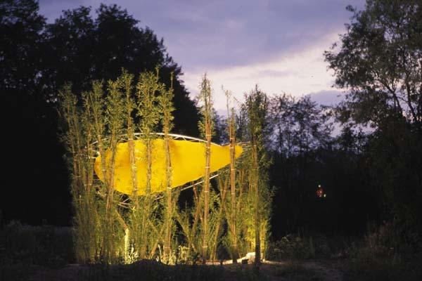 Weidenpavillon bei Nacht © weidenprinz.de