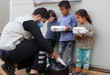 Photo of مساعدات رمضانية تركية لأيتام في إدلب السورية.