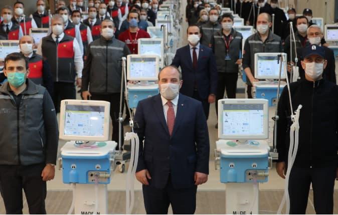 بعد النجاح في تصنيعه تركيا تسمح بتصدير أجهزة التنفس الاصطناعي