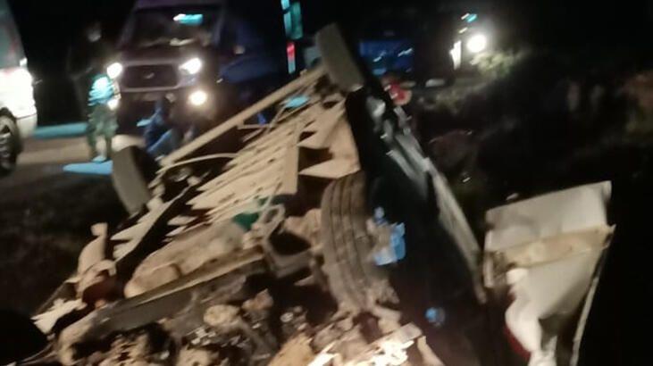 Photo of قتـيل وأكثر من 40 جريـح جراء انقـلاب شاحنة تقل اللاجئين في ولاية فان