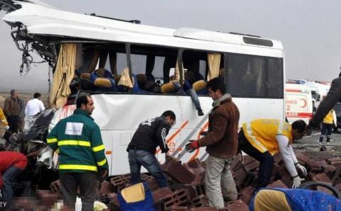 حادث سير مروع وسط اسطنبول 31 بين جريح وقتيل
