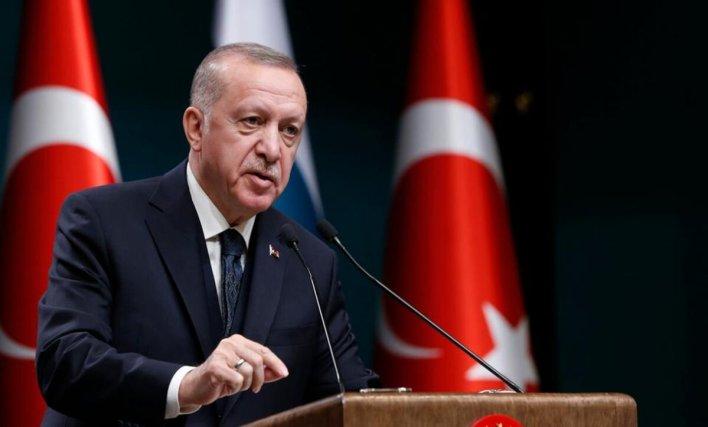 أردوغان الرئيس التركي وكالات 1 - رجب طيب أردوغان يهـ.ـاجـ.ـم أمريكا ويتـ.ـوعد بعمـ.ـل عسكـ.ـري جديد