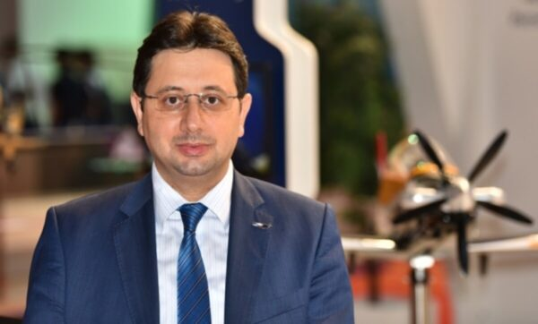 التركي في شؤون الصناعات الدفاعية 600x362 - باحث تركي: المسيّرة التركية أكسونغر ستغيّر الموازين في المتوسط وإيجه - Mada Post