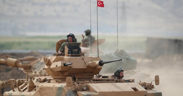 1026399910 0 119 3259 1882 1000x541 80 0 0 e8750b33c9fe88a6d386f10fa5c09458 1 - شاهد.. القوات التركية تلقن موالين للأسد درسًا قاسيًا شرقي إدلب