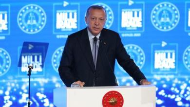 صورة أردوغان يحذّر ماكرون وينصح اليونان