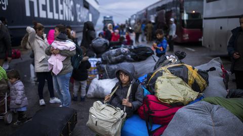 ألمانيا تعتزم استقبال 1500 مهاجر من الجزر اليونانية