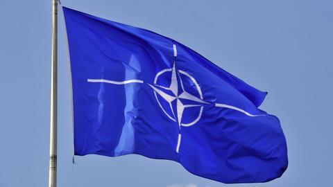 """1600178723 5599889 4879 2748 25 317 - التوتر شرقي المتوسط.. انطلاق الاجتماع التركي-اليوناني بمقر """"الناتو"""""""