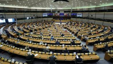 صورة بسبب جرائم الحرب.. قرار أوروبي يدعو لعدم بيع أسلحة للسعودية والإمارات