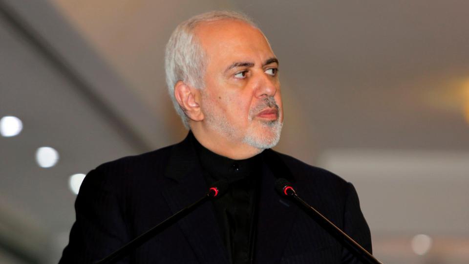 دعا وزير الخارجية الإيراني محمد جواد ظريف الدول الأوروبية المشاركة في الاتفاق النووي إلى رفض