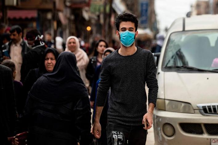 ألوف الشباب بعدد من الدول العربية لقوا المصير نفسه بتسريحهم من عملهم بمبرّرات أزمة