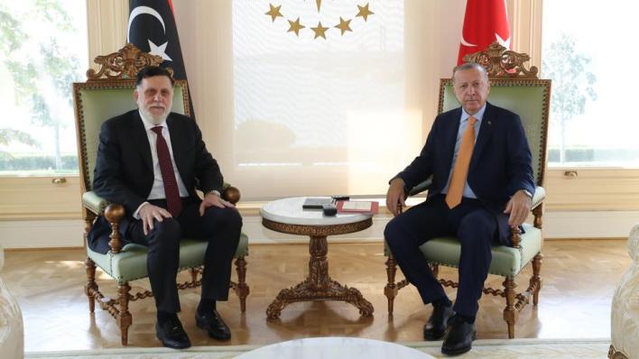 أردوغان والسراج بحثا مستجدات الأوضاع في ليبيا وآفاق التعاون الأمني والاقتصادي بين البلدين الصديقين