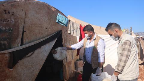 8806762 5940 3345 29 327 - كيف تخفف منظمات المجتمع المدني من حدة الضائقة الاقتصادية في الشمال السوري؟
