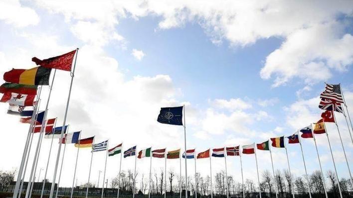 حلف الناتو يستضيف في مقره اجتماعاً بين وفدين عسكريين تركي ويوناني لبحث التوتر بين الجانبين شرقي المتوسط