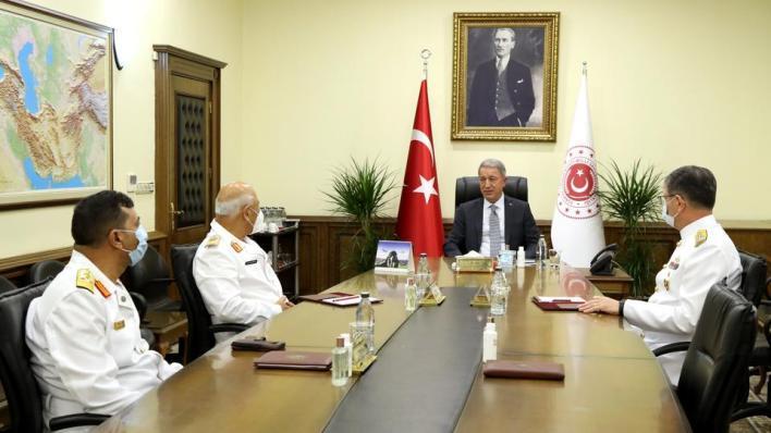 8846998 5417 3050 54 427 - وزير الدفاع التركي يستقبل قائد القوات البحرية الليبية بأنقرة