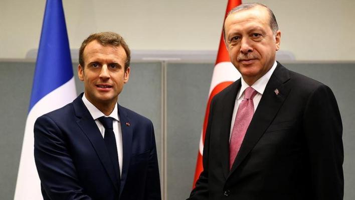 خلال اتصال مع أردوغان.. ماكرون يعلن استعداده للحوار