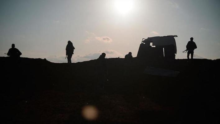 8951638 854 481 4 2 - رغم قانون قيصر.. YPG الإرهابي يواصل إمداد النظام السوري بالنفط