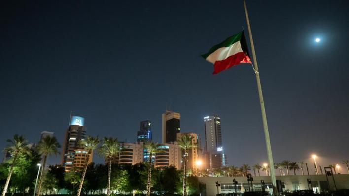 وفاة أمير الكويت ومجلس الوزراء يعين ولي العهد أميراً للبلاد