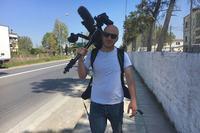 AXPtpRjwTHyyeoy 3Vyi - أبطال حقيقيون: مخرج أفلام سوري يتطوع لتنظيف جناح مخصص لعلاج مرضى كوفيد-19 في إحدى مستشفيات لندن