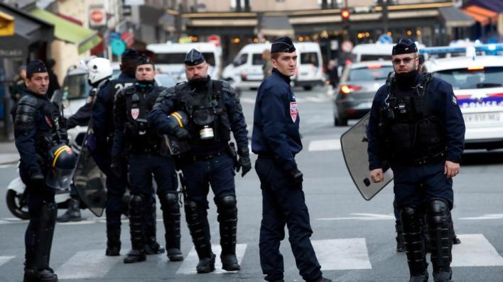 قوات الشرطة عمدت إلى تفريق المظاهرة بالقوة من خلال استخدام غاز الفلفل - صورة أرشيفية