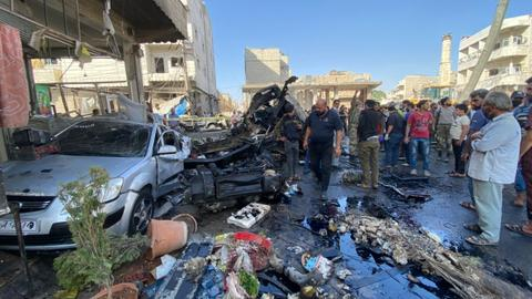 1601994325 9140391 1263 711 5 138 - قتلى وجرحى بانفجار شاحنة مفخخة بمدينة الباب السورية