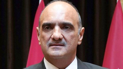 1602105799 9154394 1188 669 4 64 - العاهل الأردني يكلف بشر الخصاونة تشكيل الحكومة