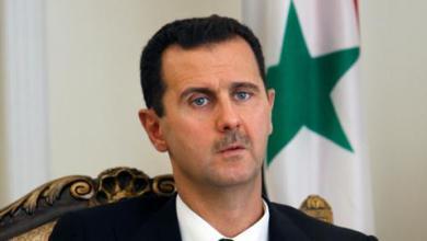 صورة في أول لقاء منذ اندلاع الأزمة.. مسؤول أمريكي يزور دمشق لمناقشة تحرير رهائن